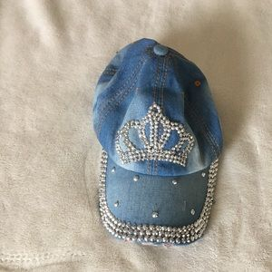 Other - Women's cap 🧢 queen 👑